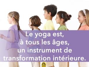 Le jeu utile pour le yoga avec les enfants