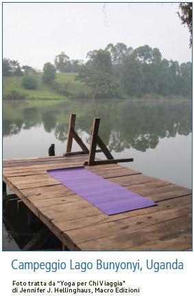 yoga au camping  au Uganda